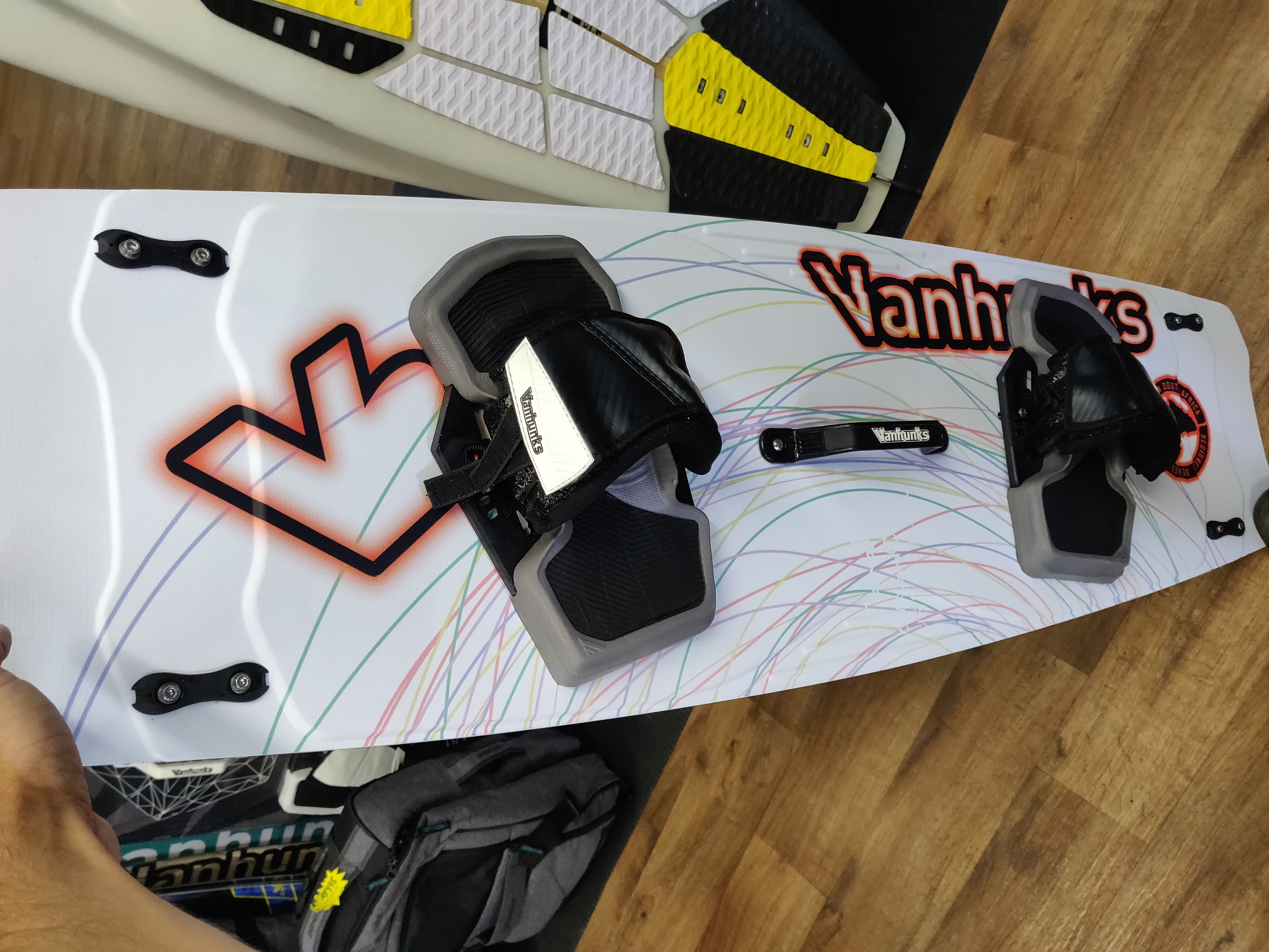 Vanhunks Limited Edition 137×41 Kite Board (Less than 10 uses)